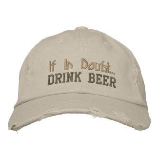Em caso de dúvida… Cerveja da bebida - boné