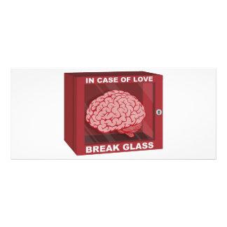 Em caso do amor, quebre o vidro e use o cérebro 10.16 x 22.86cm panfleto