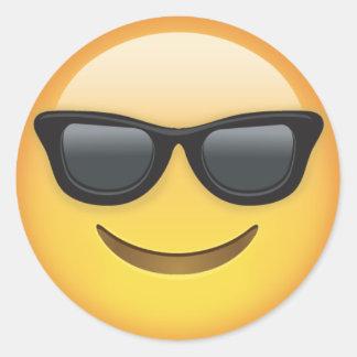 Emoji com óculos de sol adesivo