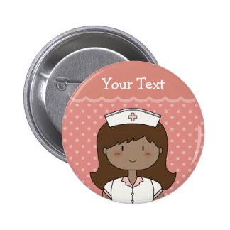 Enfermeira bonito com cabelo escuro bóton redondo 5.08cm