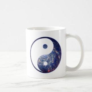 Equilíbrio cósmico caneca de café