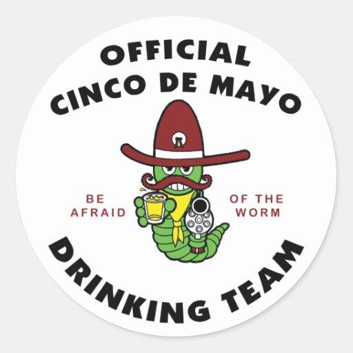 Equipe do bebendo de Cinco de Mayo Adesivos Redondos