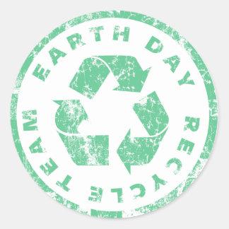 Equipe do reciclar do Dia da Terra Adesivos