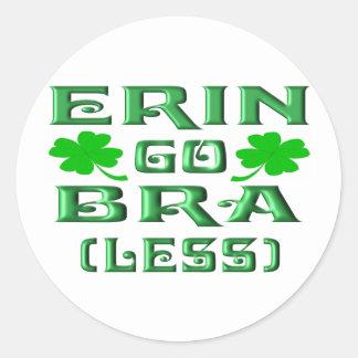 Erin vai o sutiã (menos) adesivo