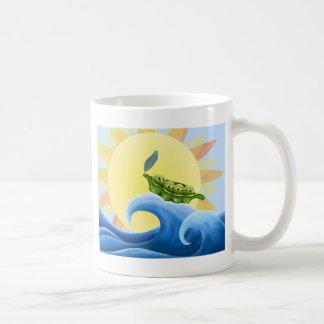 Ervilhas em um vagem em uma onda no Sun - Caneca De Café
