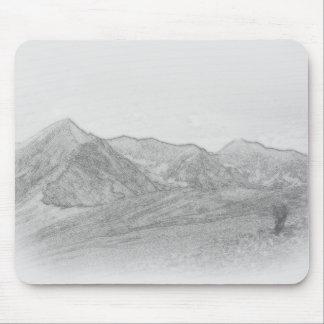 Esboço da paisagem da montanha mousepads