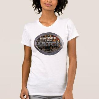 Escape o t-shirt cabido das mulheres do portal