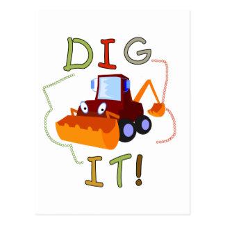 Escavação do veículo da construção ele camiseta e cartão postal