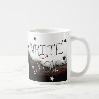 """""""Escreva agora"""" a caneca leve do céu"""