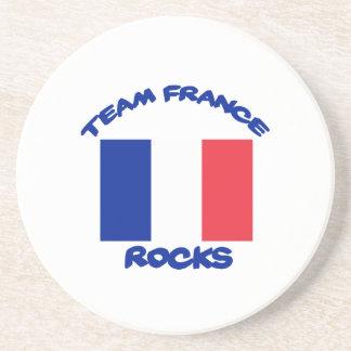 esfrie e tendendo o design francês da bandeira porta-copos