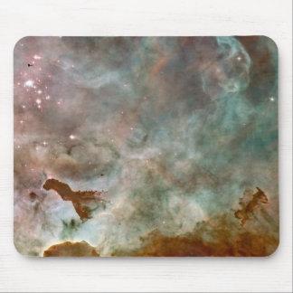 Espaço da nebulosa e estrelas - foto do Hobble da