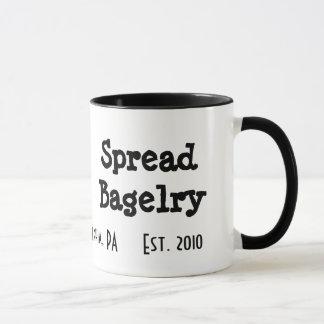 Espalhe a caneca de café de Bagelry