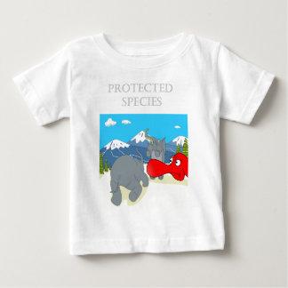 Espécie protegida preservativo de Johnny T-shirt