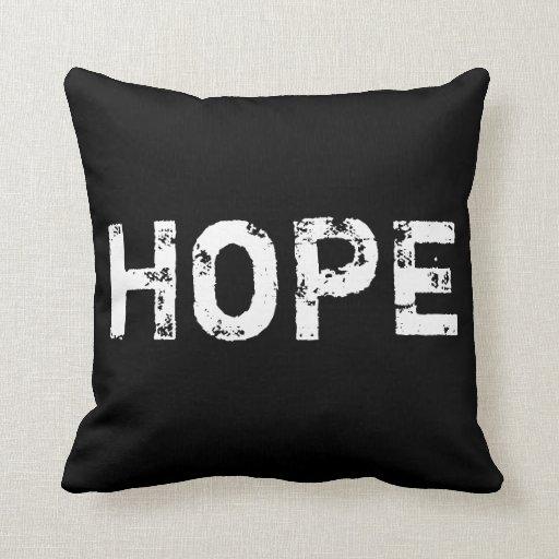Esperança no travesseiro preto e branco