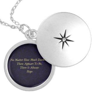 Esperança (versão roxa chapeada prata) colar medalhão