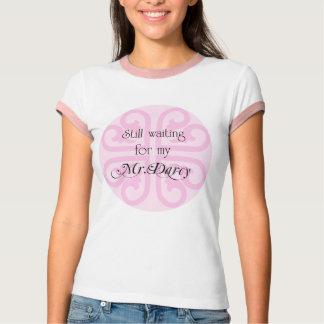 Esperando meu Sr. Darcy Camiseta