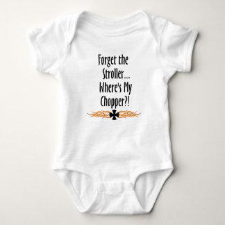 Esqueça o carrinho de criança… onde está meu t-shirts