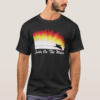 """Esqui de água do slalom """"fumo t-shirt na água"""""""