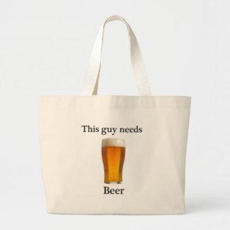 Esta cara precisa a cerveja bolsas