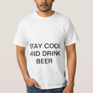 Estada legal e cerveja da bebida t-shirts