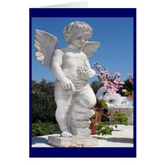 Estátua do anjo no azul