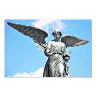 Estátua no Central Park, NY da fonte de Bethesda Impressão De Foto