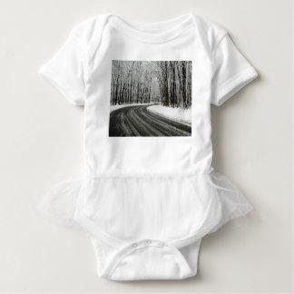 Estrada de enrolamento curvada neve tshirts