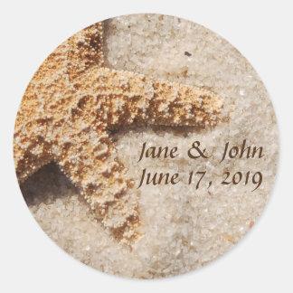 Estrela do mar do casamento de praia em etiquetas