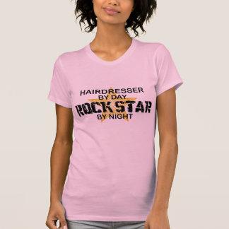 Estrela do rock do cabeleireiro em a noite t-shirt