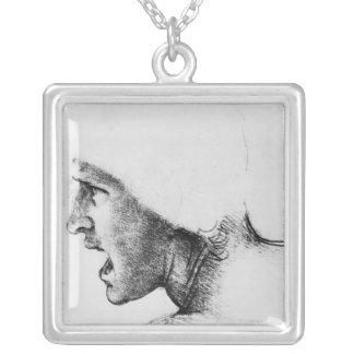 Estudo para a cabeça de um soldado colar banhado a prata