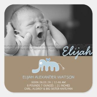 Etiqueta azul do anúncio do nascimento do bebé do adesivo quadrado