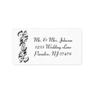 Etiqueta Casamento ornamentado florido branco e preto