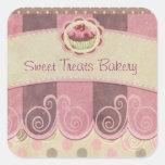 Etiqueta cor-de-rosa do cupcake adesivo em forma quadrada
