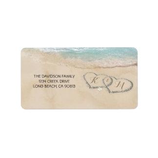 Etiqueta Corações tropicais da praia do vintage na areia