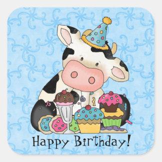 Etiqueta da vaca da celebração do aniversário