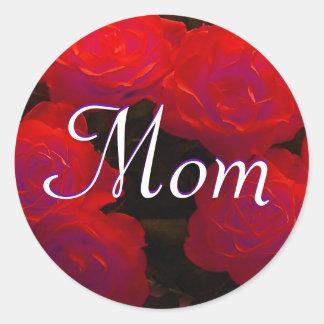 Etiqueta das rosas vermelhas da mamã adesivos