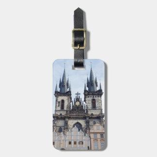 Etiqueta De Bagagem Igreja de Tyn na foto da lembrança de Praga