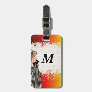 Etiqueta De Bagagem Menina em um vestido das cinzas de prata