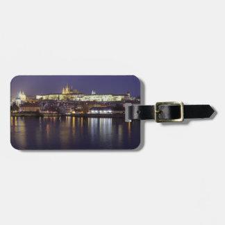 Etiqueta De Bagagem Rio de Praga e foto da lembrança da opinião do
