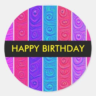 Etiqueta do aniversário da listra dos doces adesivo