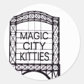 Etiqueta mágica dos gatinhos da cidade