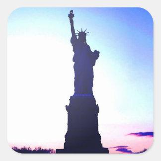 Etiqueta quadrada da estátua da liberdade adesivo quadrado