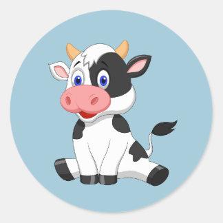 Etiqueta redonda da vaca animado bonito