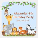 Etiquetas bonitos do aniversário do menino de Anim