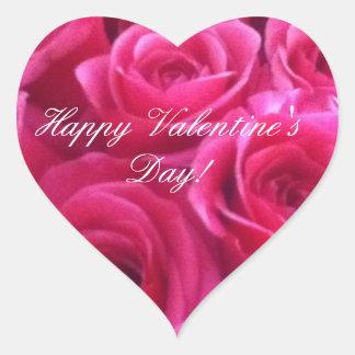 Etiquetas cor-de-rosa do coração do dia dos adesivo coração