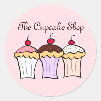 Adesivos com imagens de cupcakes na Zazzle