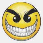 Etiquetas redondas do smiley face mau adesivo