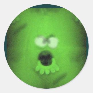 Etiquetas verdes do Dia das Bruxas do monstro