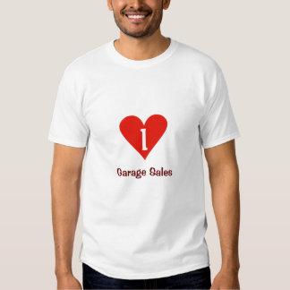 Eu amo a camisa das vendas de garagem T com T-shirt
