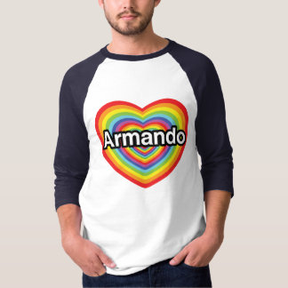 Eu amo Armando, coração do arco-íris T-shirt